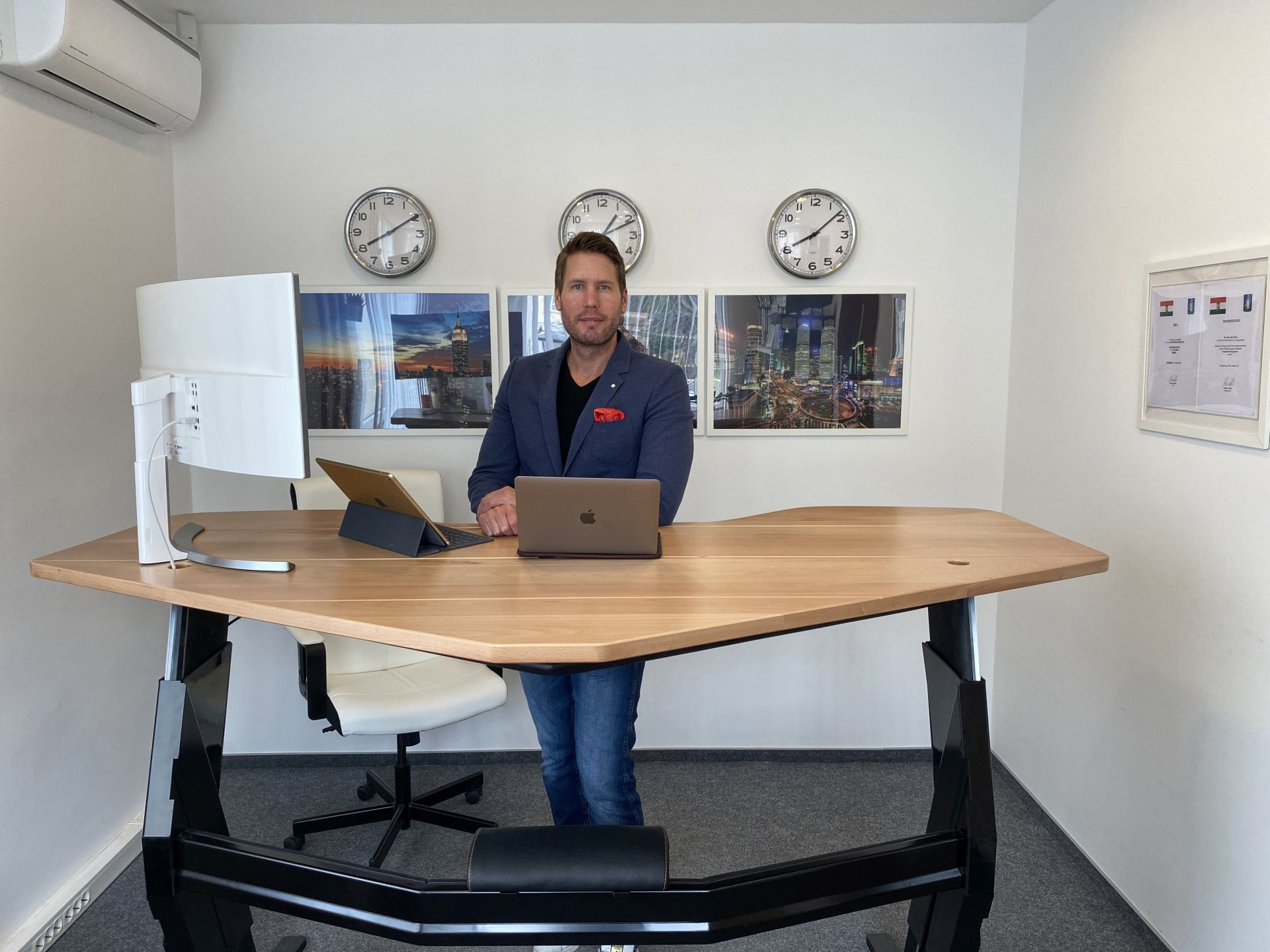 Ait Smart Desks Marczali Tamas